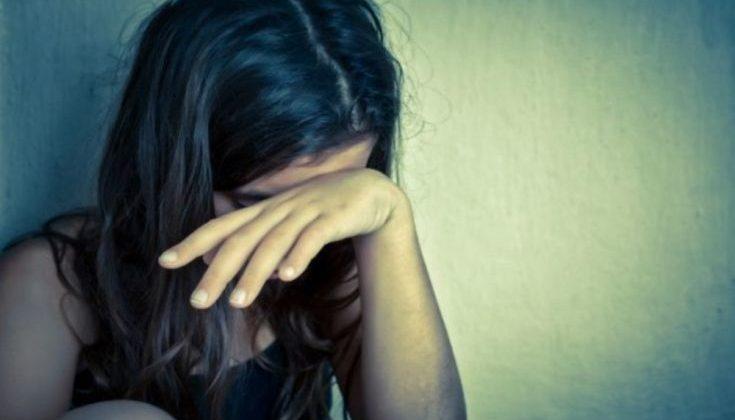 Πιο επιρρεπή στον αυτοτραυματισμό τα κορίτσια από τα αγόρια στην εφηβεία