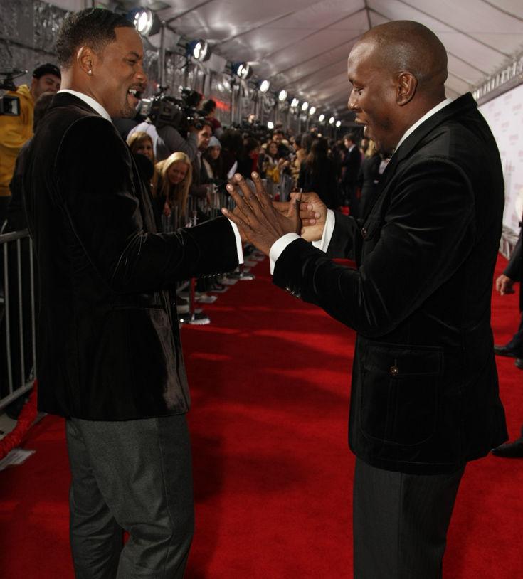 Ο Will Smith βοηθά το φιλαράκι του Tyrese Gibson να ανταπεξέλθει στα νομικά έξοδα