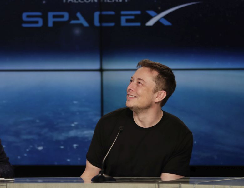 Έλον Μάσκ -«Πάμε στον Άρη σε περίπτωση 3ου παγκοσμίου πυρηνικού πολέμου»