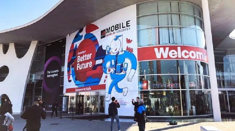 Αναδιπλούμενα smartphones και συσκευές 5G στο MWC 2019