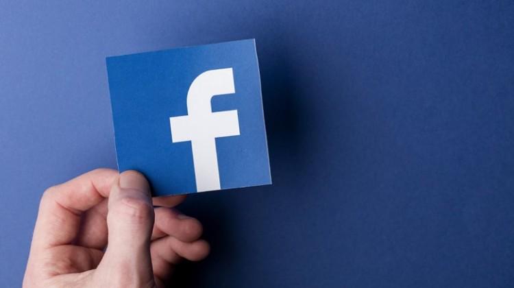 «Έπεσε» το facebook και το instagram σε ΗΠΑ και Ευρώπη