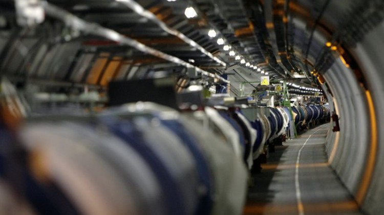 Νέο πείραμα από το CERN που αναζητά την σκοτεινή ύλη