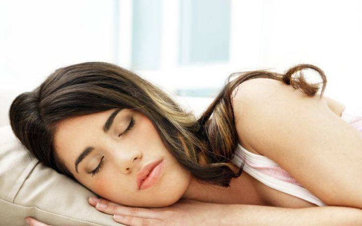 Ο μεσημεριανός ύπνος βοηθάει την πίεση όσο και τα φάρμακα