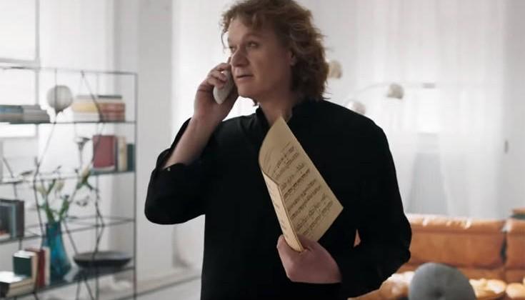 Πέτρος Γαϊτάνος: Γιατί επέλεξα να κάνω την πολυσυζητημένη διαφήμιση του Jumbo