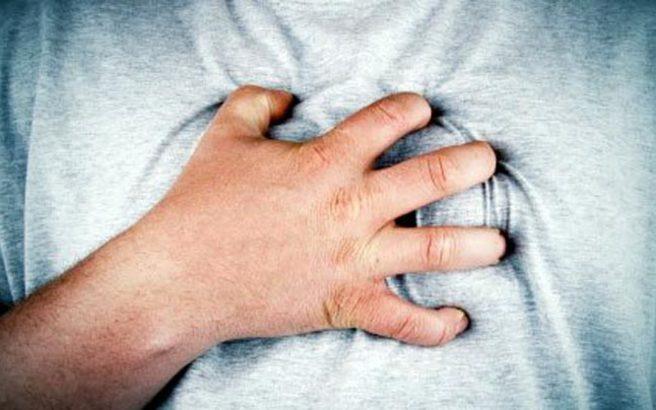 Ο αυξημένος κίνδυνος πρόωρου θανάτου που αντιμετωπίζουν οι μεσήλικες άνδρες