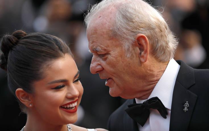 Η Σελένα Γκόμεζ προειδοποιεί τους νέους για τους κινδύνους των social media