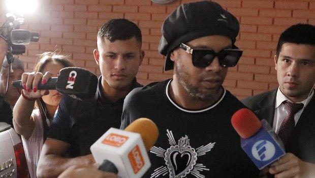 Ροναλντίνιο: Δεν θα ασκηθεί δίωξη εις βάρος του για τα πλαστά διαβατήρια